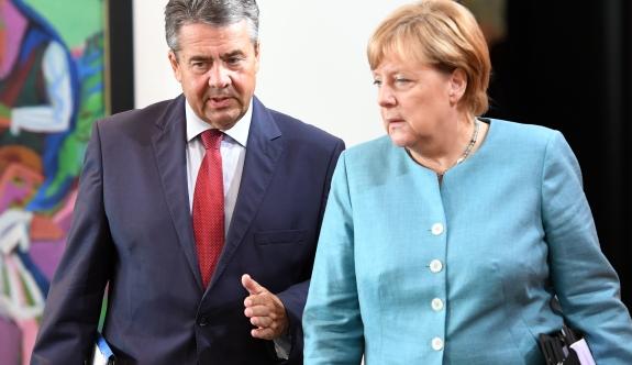 Merkel: 'Türkiye'yle Gümrük Birliği Anlaşması İmzalamayacağız'
