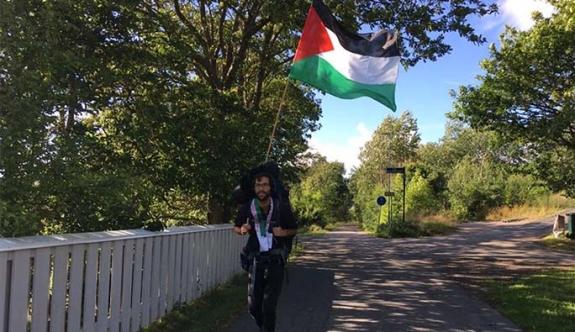 Yahudi aktivist, İsrail'e tepki için Filistin'e yürüyor