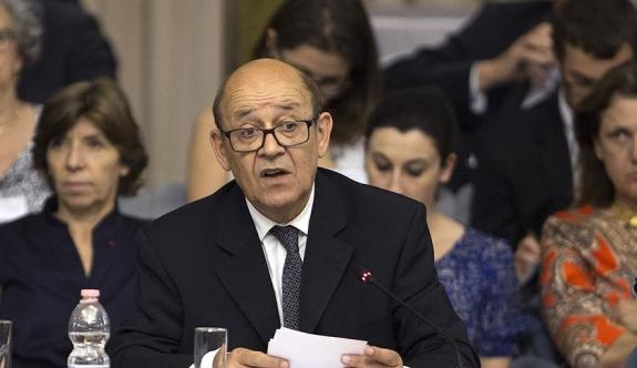 Fransa: 'Halkını katletmiş Beşşar Esed ile geçiş süreci yapılamaz'