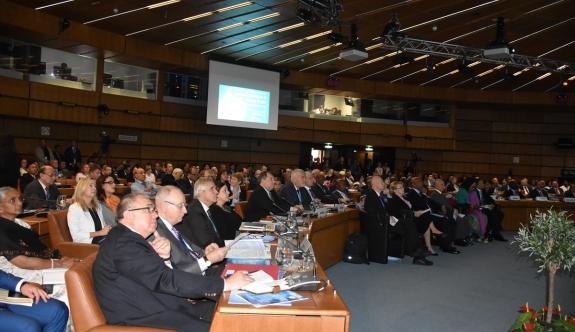 "Viyana'da ""İnsan Yaşamında Nükleer Teknoloji"" konferansı"