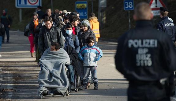 Almanya'da sığınmacılara ülkelerine dönmeleri için ek teşvik
