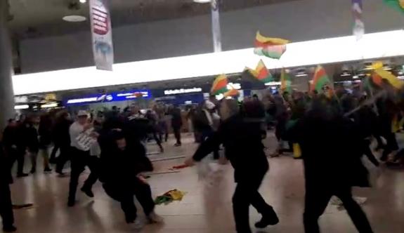 Almanya'da PYD/PKK'lılar Türk yolculara saldırdı!