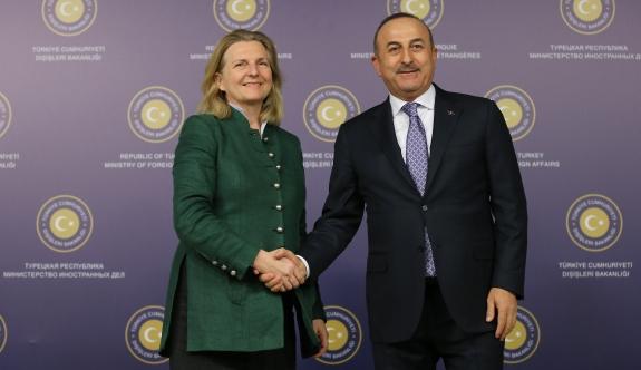 """Avusturya Dışişleri Bakanı: """"Çifte vatandaşlıklardan konuştuk, birlikte hareket edebiliriz"""""""