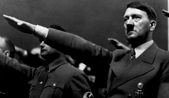 Polonya'da Hitler'in doğum gününü kutlayan 5 kişiye gözaltı!
