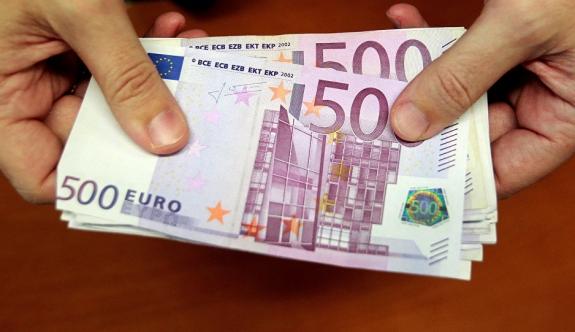 Banka hata yaptı, dünyanın en zengin insanı oldu!