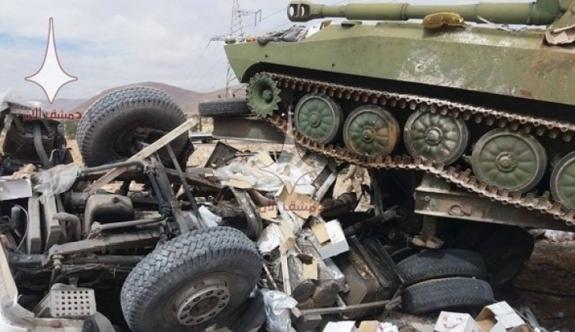 Dünyayı şoka uğratan fotoğraf! Rus tankı ezdi
