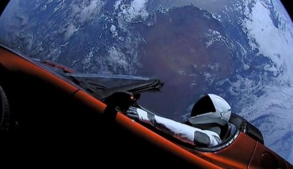 Elon Musk'ın aracı uzayda kayboldu