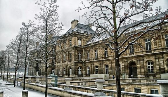 Fransa'da kötü hava koşullarının faturası ağır