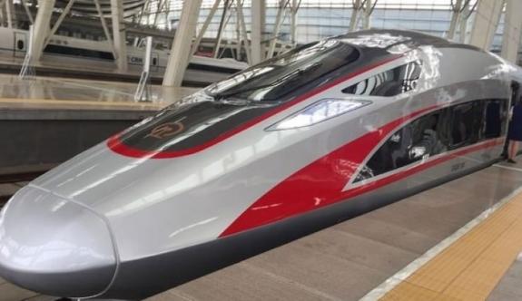 Bu trenin hızı saatte 1000 km!