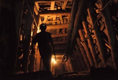 20 maden işçisi mahsur kaldı