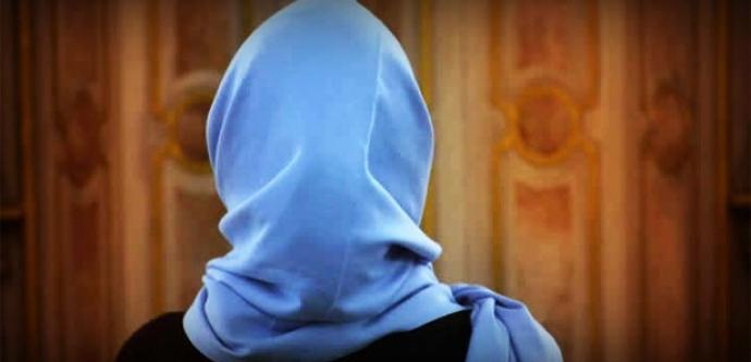 O ülkede kadın polislere başörtüsü izni