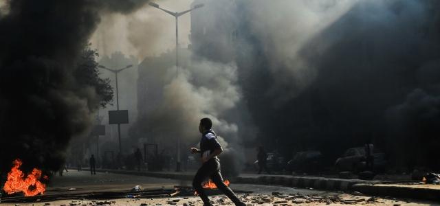 ''Darbe karşıtlarına sert müdahale''