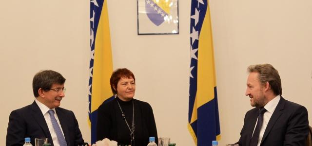 ''Dışişleri Bakanı Davutoğlu Bosna Hersek'te''