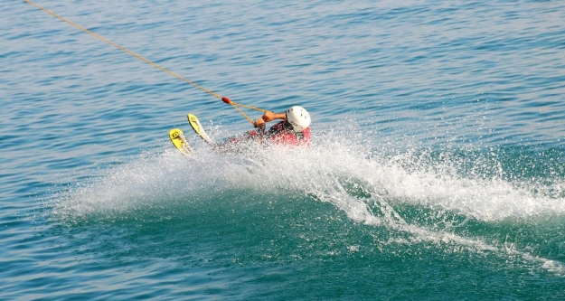Her mevsim kayak