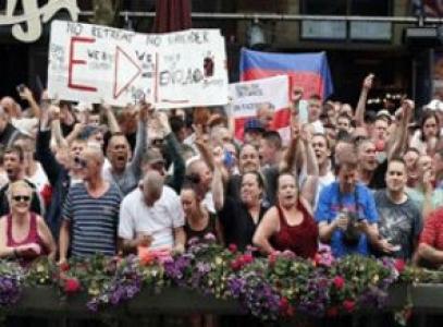 ''İngiltere'de İslam karşıtı suçlarda patlama''