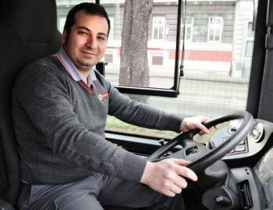 ''1. Viyana'da Otobüs'ü bıraktı hırsızın peşine düştü!''
