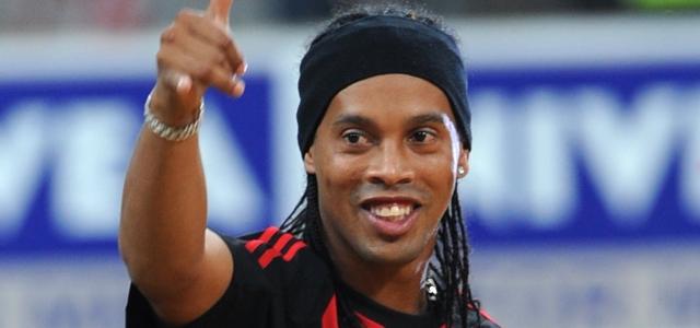 Ronaldinho neden gelmediğini açıkladı!