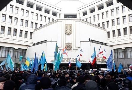 ''Rus işgalinden Rusya referandumuna Kırım''