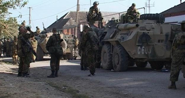 Rusya Kırım'a tam donanımlı ordu konuşlandıracak
