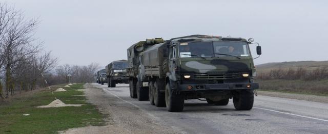 'Rusya'nın Kırım'a askeri sevkiyatı devam ediyor''