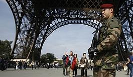 Fransa'da olağanüstü hal uzatıldı