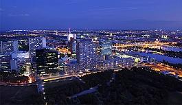 Viyana, zirveyi bırakmadı
