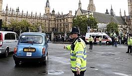 İngiltere'de polisin öldürdüğü kişi Müslüman çıktı