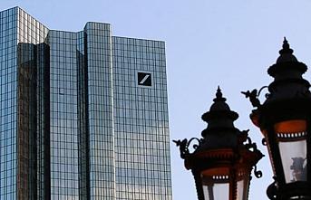 Deutsche Bank'a şok