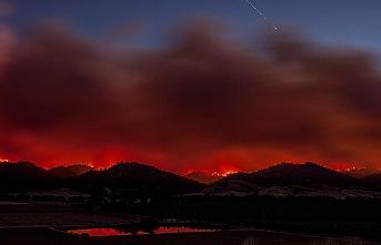 California'daki yangın etkisini artırarak devam ediyor