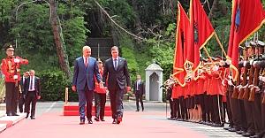 Arnavutluk'a tarihi ziyaret: 68 yıl sonra ilk kez...