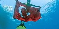 Dünya Rekorunu 'Türk Bayrağı' ile Tescilledi