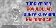 Türkiye'den kovuldular, Dünya Kupası'nı kaldırdılar