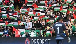 Filistin bayrağı açtığı...