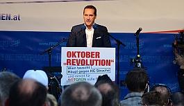 Strache'den 'Merkel'...