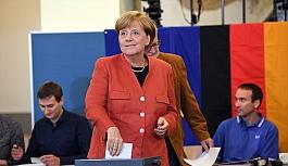Almanya'da kazanan parti belli oldu