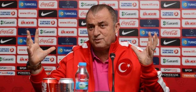 ''Türkiye-İsveç milli maçına doğru''
