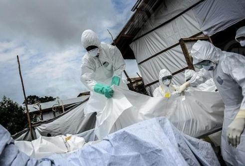 Ve Ebola Virüsü O Ülkede...