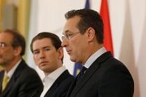 """Milliyetçi Strache: """"Bize destek çıkın, kamu ihalelerini Rusya'ya verelim"""""""