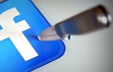 Facebook'ta sular durulmuyor! Dev isim istifa etti