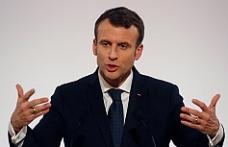 Macron'un konuşması tartışmalara neden oldu!