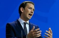 """Avusturya'dan AB dışında """"sığınmacı merkezi"""" önerisi"""