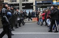 Fransa'da polis şiddetine karşı protestolar artıyor