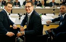 Avusturya'da koalisyon ortakları birbirine düştü