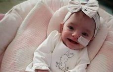 11 yılda 13 kez düşük yaptıktan sonra bebek sahibi oldu