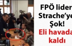 HC Strache'ye Şok: Eli havada kaldı