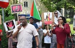 Sudan'da sivillerin katledilmesi Viyana'da protesto edildi