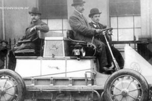 ''116 Yıllık Porsche, Avusturya'da Bir Ahırda Bulundu''