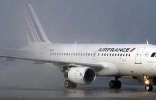 Fransız uçağında 'bomba' şoku!
