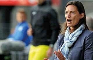 'Kadın Mourinho' Fransa'da tarih yazıyor
