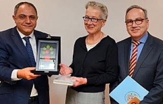Avusturya, Antalya'da 'Bahçe' açacak